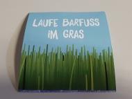 004-Barfuß-im-Gras